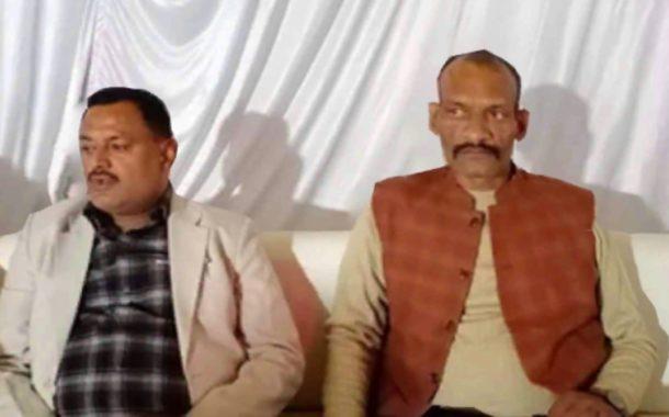 महाराष्ट्र एटीएस ने जिसे कानपुर वारदात का खूंखार आरोपी बताया , यूपी पुलिस ने उसे क्लीनचिट दे दी