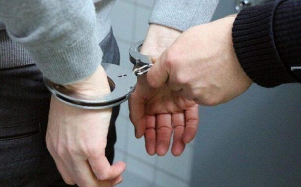 दाऊद के करीबी पर कसा ठाणे पुलिस का शिकंजा - अदलत के आदेश के बाद ठाणे पुलिस ने किया गिरफ्तार